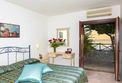 il-gabbiano-hotel-apartment-positano
