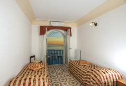 Quadruple room in Positano