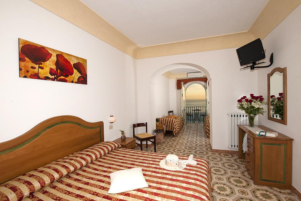 Quadruple room in Positano- Il Gabbiano Hotel